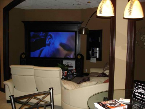 Tips to create amazing basement home decor report - Cool home bar ideas ...