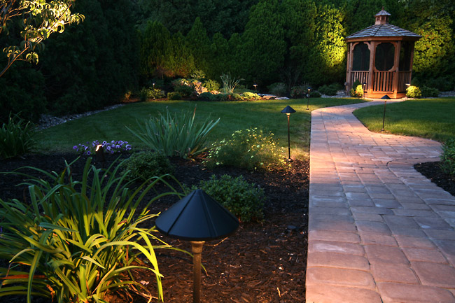 Installing Landscape Lighting