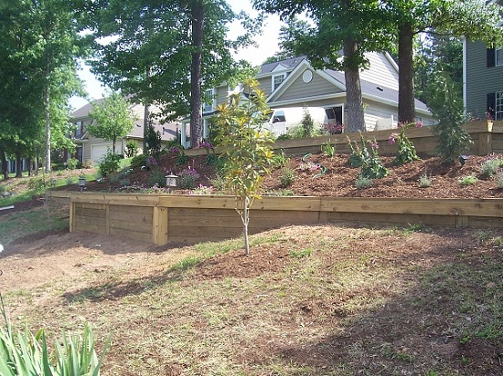 4 Ideas Of Retaining Wall Railroad Ties Home Decor Report