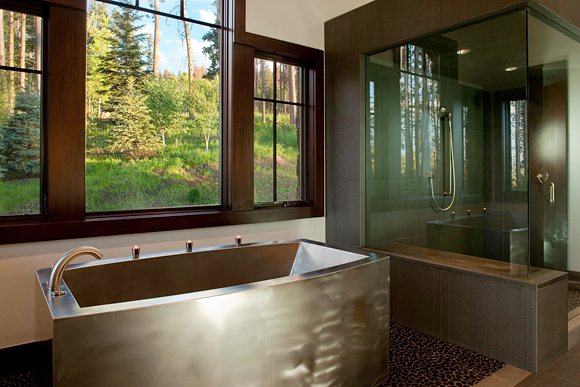 5 Benefits Of Deep Soaking Tubs | Home Decor Report