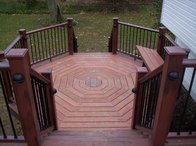 Tips to decorate half octagon deck home decor report for How to build an octagon deck