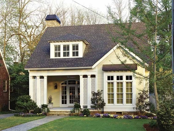 4 colors choice for small home exterior home decor report for Cute small homes