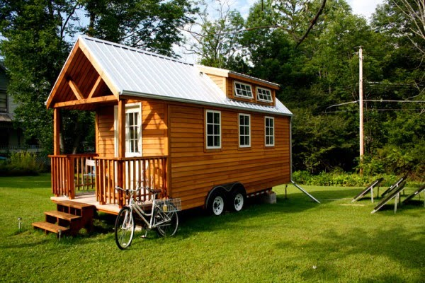 Tiny house on wheels home decor report for Tiny house to buy