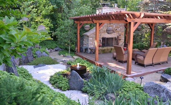 Japanese Deck Garden