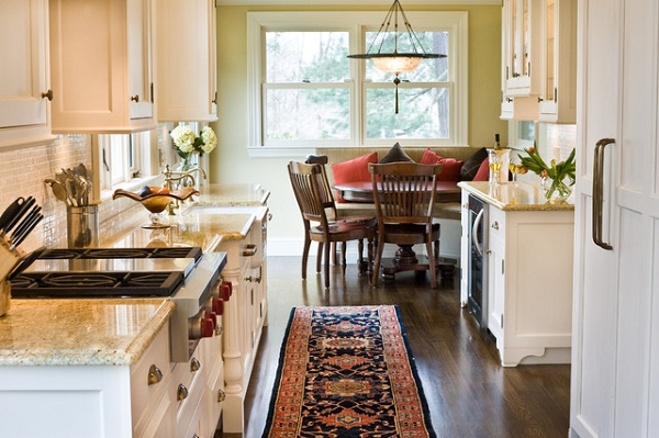 Tips to decorate kitchen with victorian style home decor for Victorian style kitchen