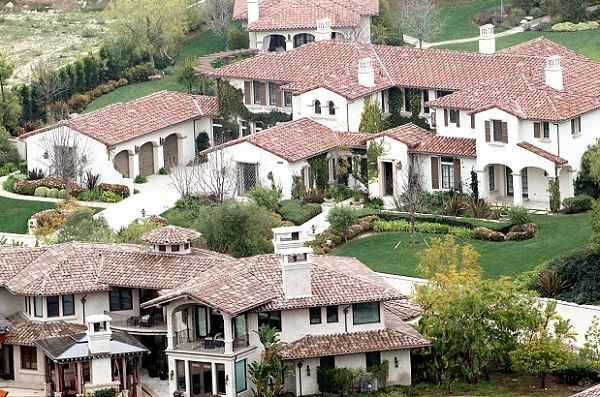 What Does Justin Bieber House Look Like