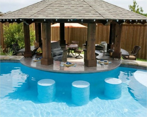 Backyard Pool Swim Up Bar