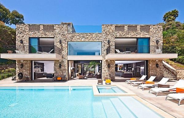 Exclusive Luxury Beach Houses