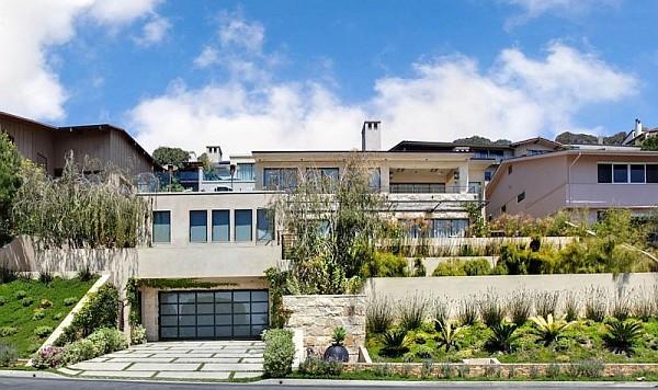Luxury Beach Houses