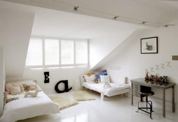 Small Attic Bedroom Ideas