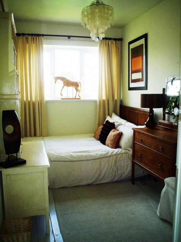 Colour Ideas for Small Bedrooms