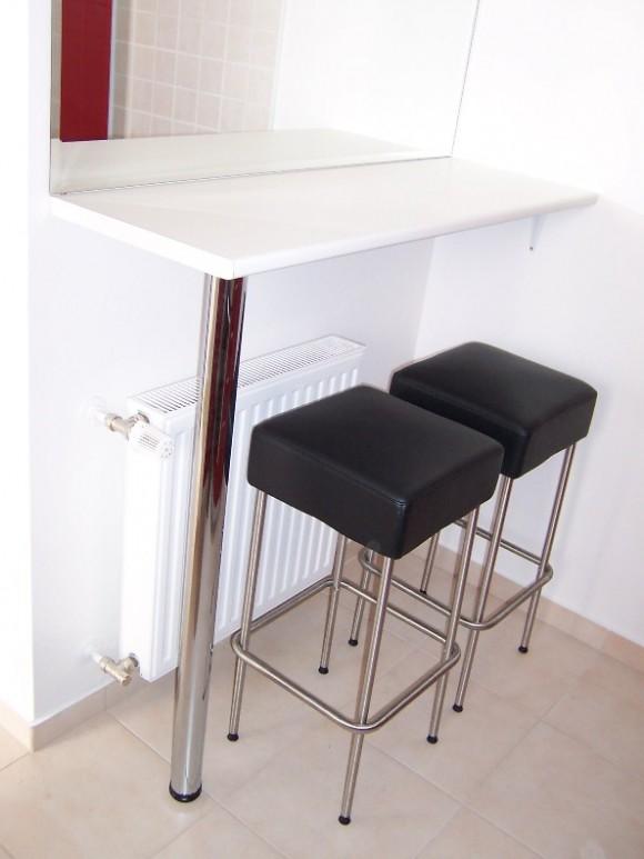Small Kitchen Bar