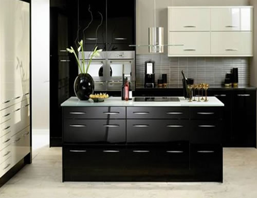 Modern kitchen designs 2012 with little touches of luxury for Luxury kitchen designs 2012