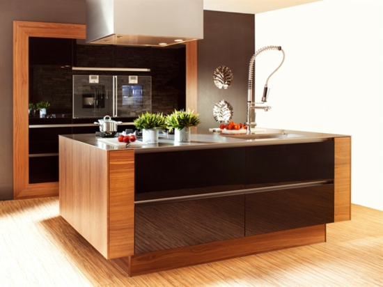Modern Kitchen Designs with Island