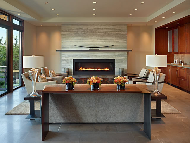 Modern family room fireplace